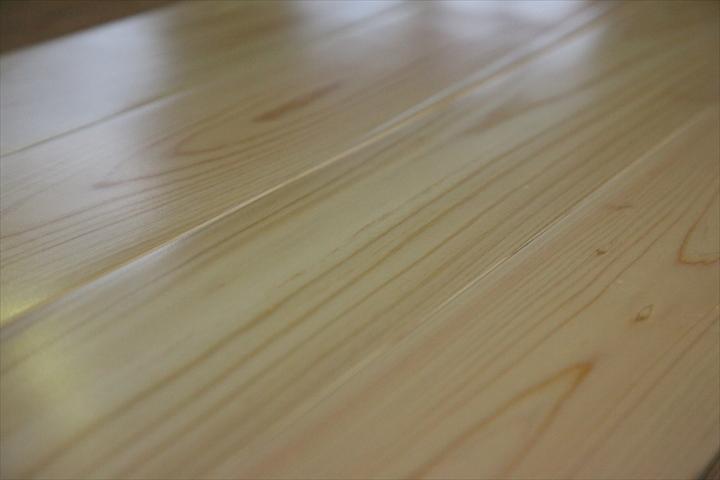 桧床暖房フローリング