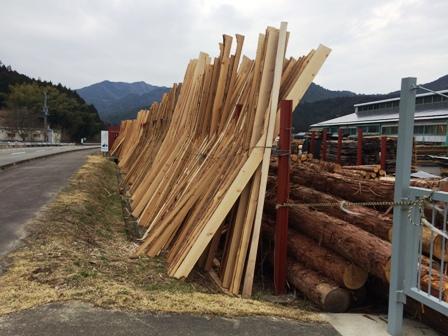 杉の建具材4